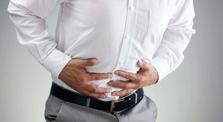 Does bloating cause back pain